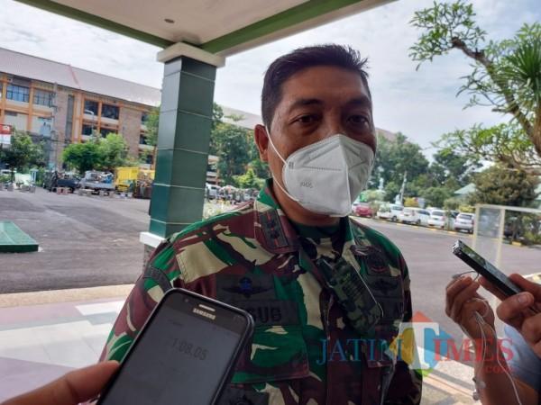 Dandim 0818 Kabupaten Malang/Kotq Batu, Letkol (Inf) Yusub Dody Sandra saat dikonfirmasi pewarta, Rabu (6/1/2021). (Foto: Tubagus Achmad/MalangTimes)