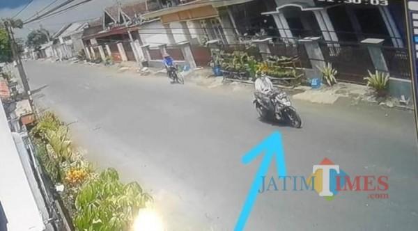 Pelaku yang sempat terekam CCTV di sekitar lokasi kejadian (Ist)