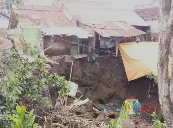 Pemkab Bondowoso Tak Akan Benahi Lokasi Longsor di Kampung Templek