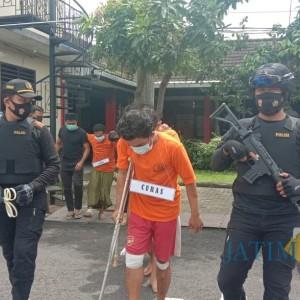 Lawan Petugas, Dua Pelaku Pencurian dengan Kekerasan Ditembak