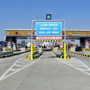 Transaksi Jalan Tol Anjlok, Pendapatan Tol Selama Pandemi Masih Aman