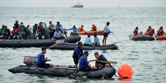 Evakuasi pesawat Sriwijaya Air (Foto: Merdeka.com)