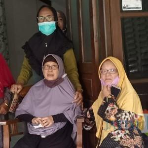 Polda Jatim Ambil Data Antemortem Keluarga Korban Sriwijaya Air di Kediri