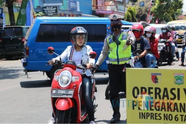 Pengguna jalan yang terjaring operasi yustisi lantaran melanggar protokol kesehatan (Foto : Istimewa)