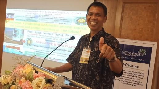 Guru Besar USU (Foto:  Jawaban.com)