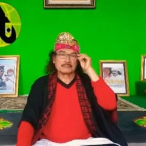 Gus Nuril Tak Setuju Vaksin Covid, Mohon Maaf kepada Jokowi