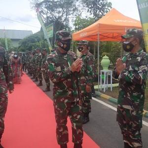 Pangdam V Brawijaya Beri Arahan di Kodim 0818, Mayjen TNI Suharyanto : Prokes Harus Ditegakkan