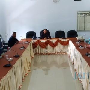 Ngadu ke DPRD, Pedagang Pasar Induk Menolak Pindah ke Lantai 2