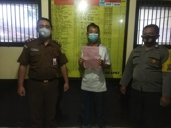 Uang Tabungan Puluhan Nasabah Dikorupsi, Mantan Kepala Kantor Pos Ditahan Kejaksaan