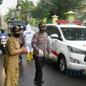 Tim Covid Hunter Kota Blitar Evakuasi 16 Pasien Covid-19 ke Rumah Isolasi