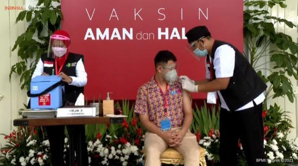 Raffi Ahmad vaksin Covid-19 (Foto: