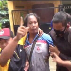Warga Marahi Bupati Jombang Saat Tinjau Lokasi Banjir