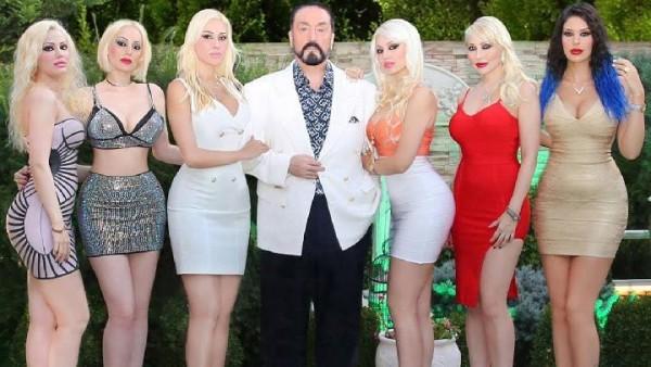 Dibui 1.075 Tahun, Harun Yahya Sebut Agama Perbolehkan Wanita Berbaju Seksi Ala Barbie