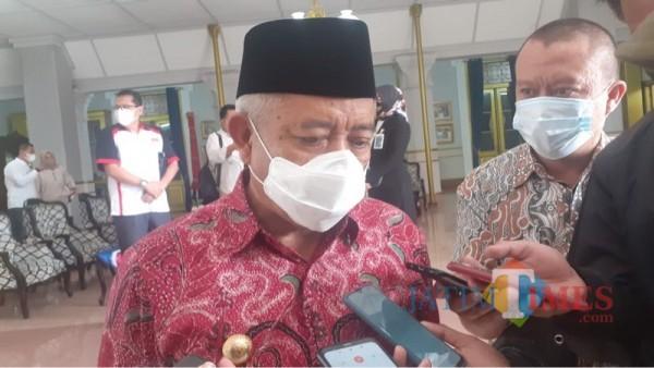 Bupati Malang Sanusi saat menjelaskan upaya Pemkab Malang dalam meningkatkan produksi susu sapi
