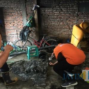 Tandon Air Meletus Selamatkan Rumah yang Nyaris Terbakar