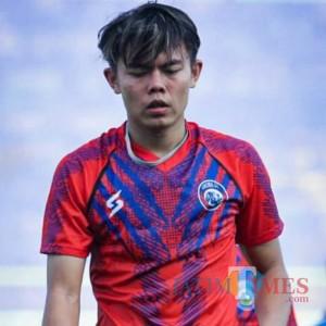 Gelandang Muda Arema FC Ikut Tes TNI, Inilah Sosok Vikrian Akbar Fathoni