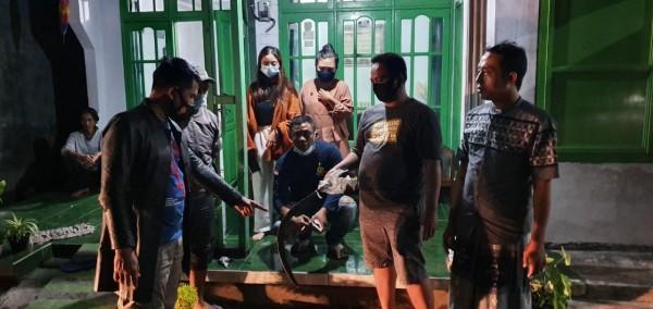 Mabuk, Preman Kampung di Jombang Bacok 2 Warga