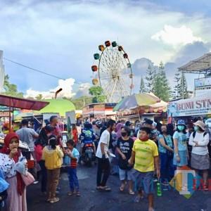 PPKM Diperpanjang, PKL Alun-Alun Kota Batu Minta Tambahan Waktu Tiga Jam