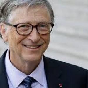 Reaksi Bill Gates Usai Disuntik Vaksin Covid-19