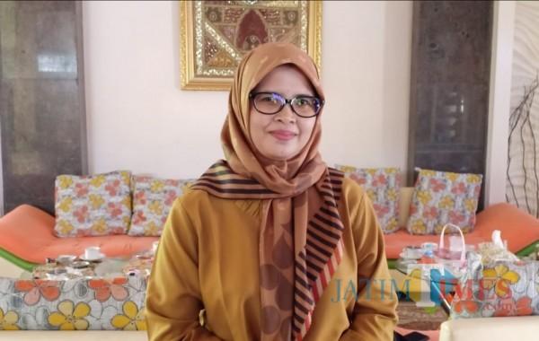 Mak Rini, mencatatkan sejarah sebagai Bupati perempuan pertama di Kabupaten Blitar
