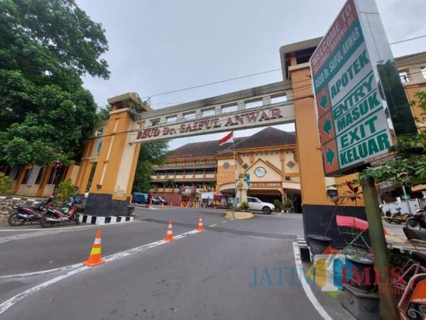 Situasi dan kondisi RSSA (Rumah Sakit Saiful Anwar) Kota Malang, Sabtu (23/1/2021). (Foto: Tubagus Achmad/ MalangTIMES)