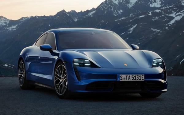 Keren! Porsche Taycan Listrik Kini Dibekali Fitur-fitur Baru, Segini Harganya
