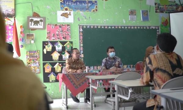 Kegiatan pertama program Sekolah Penggerak dilakukan sosialisasi kepada kepala sekolah dan guru di SDN Mojorejo 1. (Foto: istimewa)