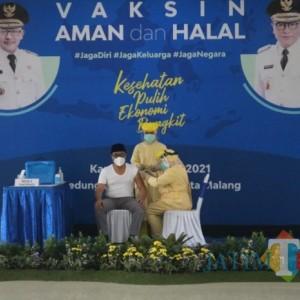 Resmi, Vaksinasi Covid-19 di Kota Malang Dimulai