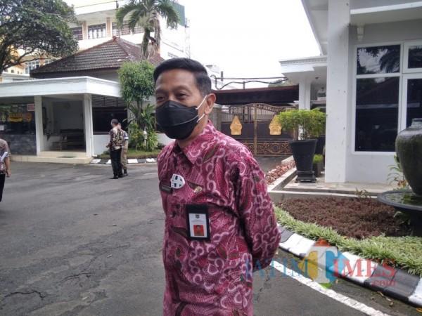 Sekda Kabupaten Malang Wahyu Hidayat saat menjelaskan kesiapan pencanangan vaksinasi covid-19, Kamis (28/1/2021). (Foto : Ashaq Lupito/JatimTIMES.com)