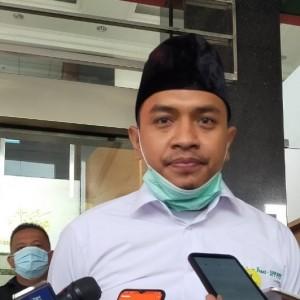 Rekening FPI Dibekukan hingga Disebut Antek Asing, Aziz Yanuar Singgung Ini