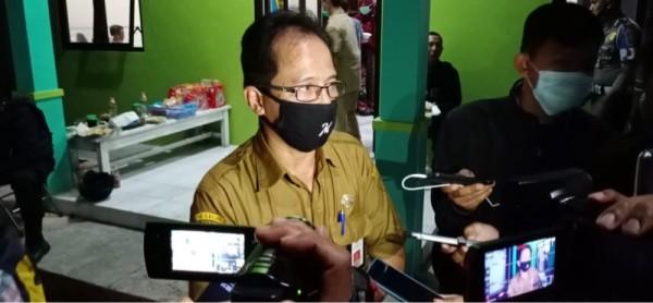 Kadinkes Kabupaten Malang Arbani Mukti Wibowo saat menjelaskan upaya yang akan dilakukan untuk mewujudkan herd immunity. (Foto : Istimewa)