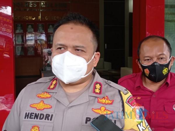 Kapolres Malang AKBP Hendri Umar saat ditemui awak media Jumat (29/1/2021). (Foto: Hendra Saputra/MalangTIMES)