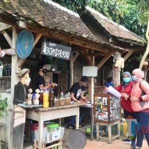 Namanya Sontoloyo, Hadirkan Rumah Tradisional Joglo Diserbu Pengunjung Dari Luar Daerah