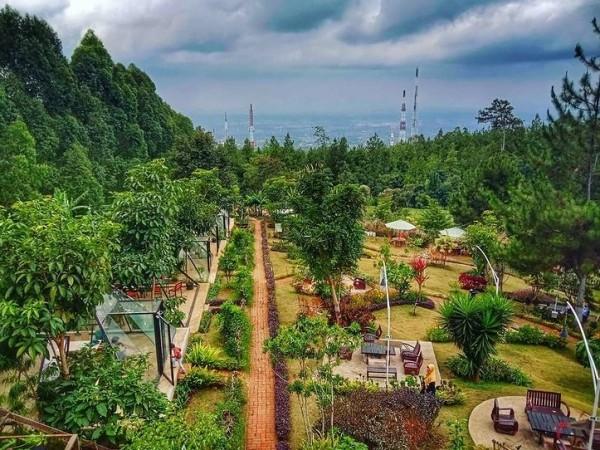 Pemandangan dari atas De Kleine Culinary and Camp. (Foto: Istimewa)