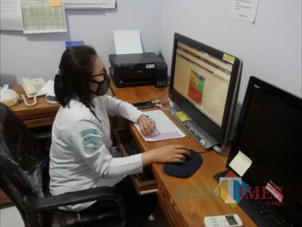 Dita Purnamasari, Prakirawati Cuaca BMKG Banyuwangi Nurhadi Banyuwangi Jatim Times