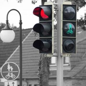 Beri Edukasi Pengguna Jalan,Dishub Blitar Pasang Audio Announcer di 4 Traffic Light