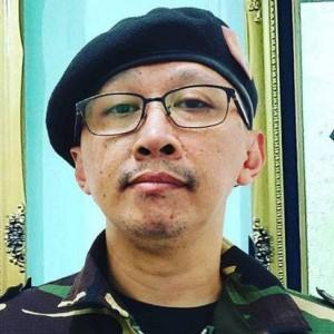 Jejak Karir Abu Janda, Dulu Karyawan Kini Jadi Buzzer, Segini Bayarannya