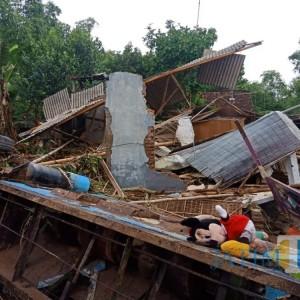Banjir Bandang Sapu 1 Desa di Jombang, Rumah Warga Hancur dan Perhiasan Turut Raib