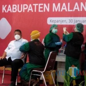 Vaksinasi 150 Nakes Tertunda, Sekda Kabupaten Malang Minta Ada Waktu Jeda