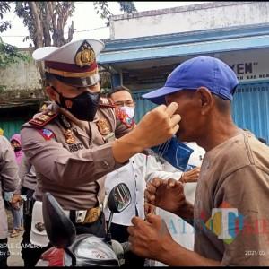 Prokes di Pasar Ngawi Makin Tertib