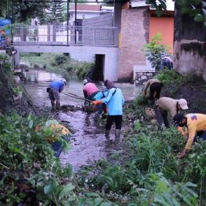 Wali Kota Kediri Instruksikan Dinas PUPR Gerak Cepat Tangani Genangan Air
