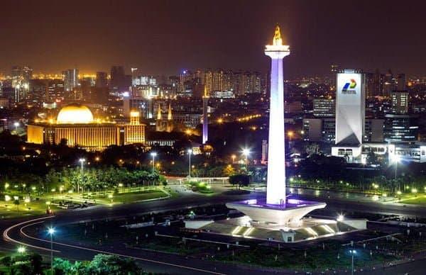 Tugu Monas Jakarta (Foto:  NativeIndonesia.com)