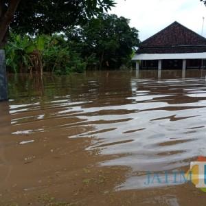 Banjir di Jombang Meluas ke-6 Desa, Ketinggian Air Capai 2 Meter