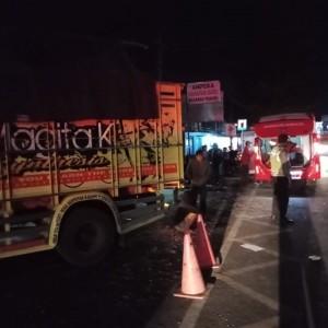 Ditabrak Truk di Malang, Satu Keluarga Asal Madura Tewas Seketika