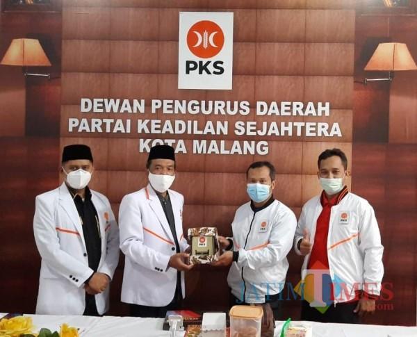 Gali-Strategi-Pemenangan-DPTD-PKS-Kota-Kediri-Studi-Banding-ke-DPTD-PKS-Kota-Malang-179389e50fbd91961.jpg