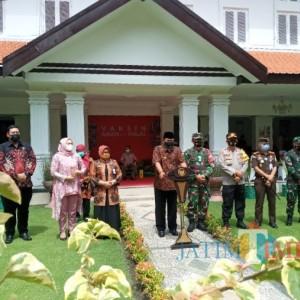 Wali Kota Madiun Maidi Divaksin Tahap Dua