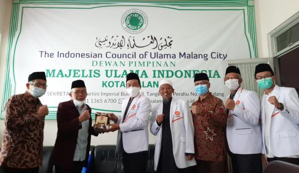 Silaturahmi DPD PKS ke kantor MUI Kota Malang. (Foto: Istimewa).