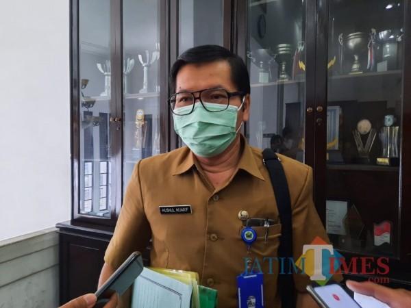 Direktur RSUD Kota Malang dr Husnul Muarif saat ditemui awak media di Balai Kota Malang, Senin (15/2/2021). (Foto: Tubagus Achmad/MalangTIMES)