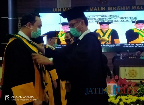 Rektor UIN MALIKI Malang, Prof Abdul Haris yang beberapa waktu lalu melakukan pengkukuhan terhadap Guru Besar (Anggara Sudiongko/MalangTIMES)