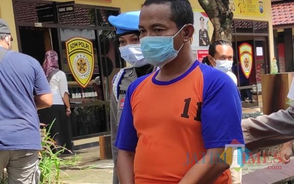 Wajah pimpinan pondok pesantren yang cabuli dan setubuhi santriwatinya. (Foto : Adi Rosul / JombangTIMES)